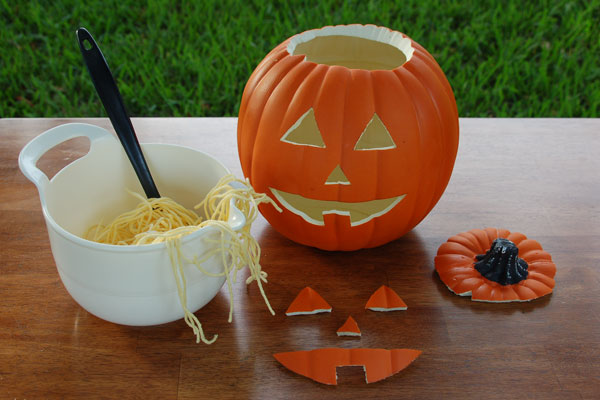Carving A Pumpkin – Without The Mess!